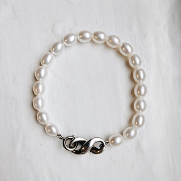e2326b179 Tiffany & Co. Jewelry   Rare Silver Infinity Freshwater Pearl ...